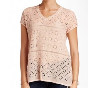 NWT Jonny Was Blush pink tiered eyelet top